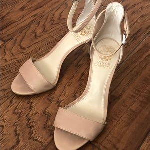 Sexy Nude Pink Heels, Vince Camuto